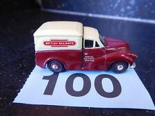 Oxford Diecast Trackside Morris Minor 1000 Van British Railways (100)