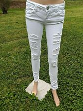 Almost Famous White Distressed Destroyed Skinny Juniors Sz 3 Stretch Jeans