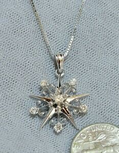 14K White Gold 0.25 tcw. Diamond Pendant with a 14K White Gold Box Chain