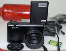 Sigma DP2 Merrill 30 f2.8 46 Megapixel Camera Flash 3 batteries 16g Card UV MINT