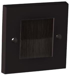 1-Gang Cable Entry Brush Wall Plate Black/Black Brushes 50x45mm - AV STAR