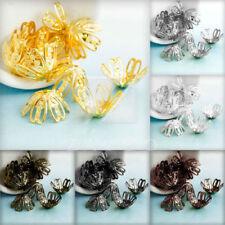 Metallische Blumen, metalle Perlen