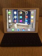 Apple iPad PRO 32GB-Wi-Fi, 9.7in/ Rose Gold/ +Smart Keyboard -Read description