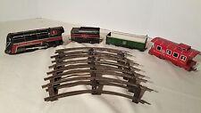 Vintage 1955 Wyandotte Railway Rail Lines Tin Wind Up Engine Tender Cars Train