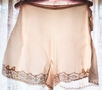 Vintage HAND CRAFT Handmade All SILK TAP PANTIES Sz 30 Side Button LACE 1930's