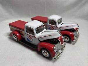 Golden Wheel 1940 Ford-40 Pepsi Cola Delivery Truck 1:32 Scale - Lot Of 2