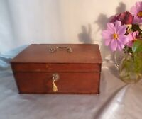 Stunning Antique 19th Century Oak Box with Handle and Lock and Key