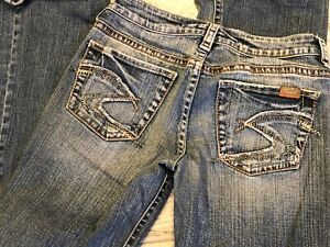 Silver Jeans Lola 27 / 35 Denim Bootcut Boot Womans Stretch Western Distressed