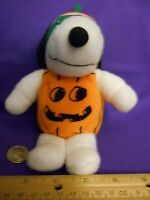 HALLOWEEN SNOOPY IN PUMPKIN COSTUME PLUSH TOY DOLL - Whitman's Sampler Snoopy