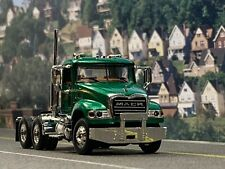 1/64 FIRST GEAR GREEN/GOLD MACK GRANITE DAY CAB