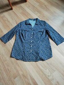 Isle at EWM navy floral shirt size 16