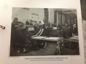 RIPRODUZIONE FOTO ALINARI FASE LAVORAZIONE PASTIFICIO BERTAGNI 9X12 CM 1939 (5)