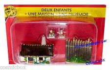 Le VILLAGE d'ASTERIX n° 23 figurine résine enfants GAULOIS maison Atlas PLASTOY