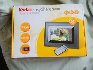 "Kodak EasyShare SV811 digital/electronic photo frame 8"", boxed, with remote"