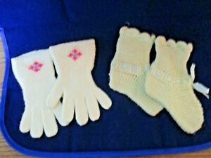 Vintage Hand Crocheted Cream & blue Baby booties & gloves