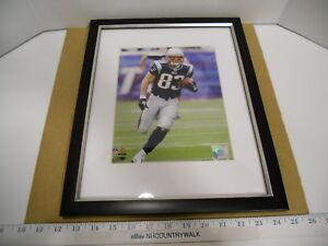 2010 NFL New England Patriots Wes Welker #83 Framed Color Action Photo - NEW