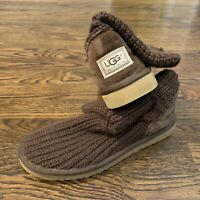 UGG Australia S/N 5857 Brown Short Knit Sweater Winter Boots Size 8