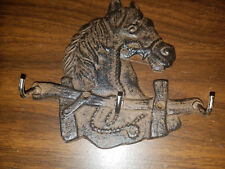 SET OF 2~~WESTERN CAST IRON HORSE HEAD 3 MEDAL HOOK FOR LODGE/CABINE HOME DECOR