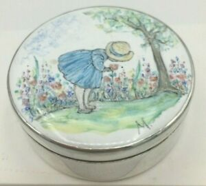 Solid Silver signed enameled box Clive Norman Bullivant London 1988