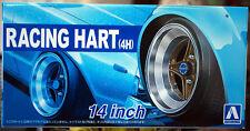Aoshima 053775 Felgen Racing Hart (4H) 14 Zoll inkl. Reifen 1:24 #44