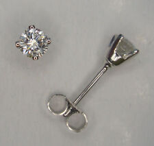 18 Carat Stud White Gold SI2 Fine Diamond Earrings