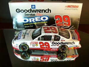 Kevin Harvick #29 GM Goodwrench Oreo Show Car 2001 Chevrolet Monte Carlo 56,196