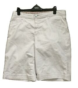 WHITE DENIM SHORTS FROM MARKS AND SPENCER SIZE 18