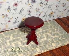 Kleiner Beistelltisch - Hocker - Miniatur für Puppenhaus Puppenstube 1:12