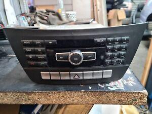 MERCEDES BENZ W204 C CLASS SAT NAV RADIO CD DVD  HEAD UNIT A2049003914