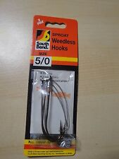 South Bend Sproat Weedless Hooks, Size 5/0, Contains 3 hooks.