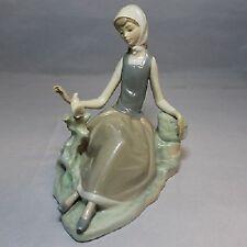 "Lladro # 4660 ""Shepherdess Girl With Dove "" Retired 1994~Wonderful Gift! Mint"