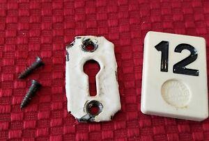 1 Vintage Ornate Cast Iron Key Hole Escutcheon Cover Hardware Part - B12H