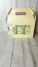 New Cotton Blossoms Carryout Gift Set Body Lotion, Shower Gel, And Bath Salts