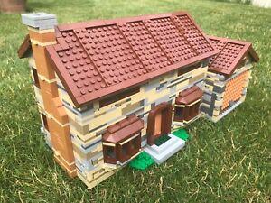 lego original NEW parts - ENGLISH STONE WALL HOUSE - built to instruction 71006