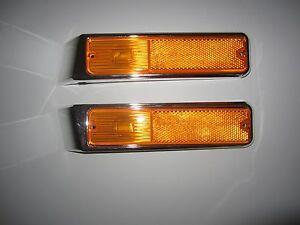 Right & Left 1979-1991 Jeep SJ Wagoneer J10 20  Front Side Marker Bezel & Lamp