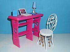 %***Barbie Möbel*Schreibtisch*Stuhl*Lampe*Laptop*Bücher*Handy***%