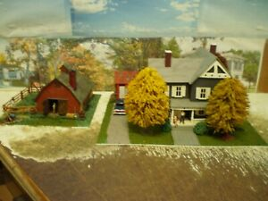 HO Scale farm House Barn out buildings Detailed weathered lights
