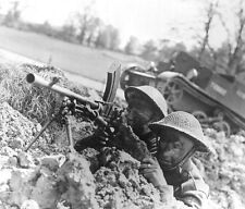 WWII B&W Photo British Soldiers Bren Gun  WW2  World War Two  Britain UK / 1084