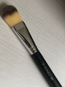 MAC-190 Foundation Brush