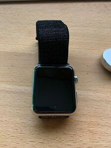 Apple Watch 42mm Stainless Steel Case Stainless Steel Milanese Loop Extra Band