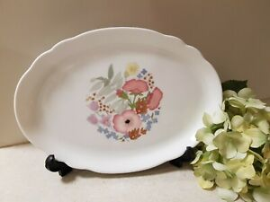 Wedgewood Meadow Sweet Oval Serving Plate