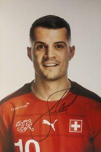 GRANIT XHAKA Schweiz EM 2020 WM 2022 Foto 20x30 signiert IN PERSON Autogramm 2