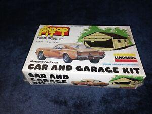Mustang Fastback Car & Garage Kit Snap Fit Lindberg #2131 Vintage f/1979 SEALED!