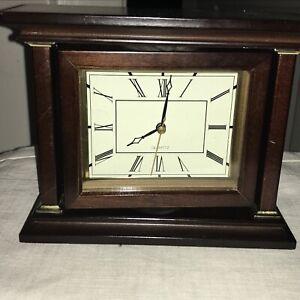 Wood Shelf/ Mantle Clock roman numerals, w/ second hand, Quartz, Rosewood 079Z26