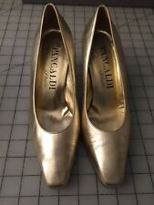 Vianni Couture By Pancaldi Gold Tone Pointed Toe Classic Pumps Size 7.5
