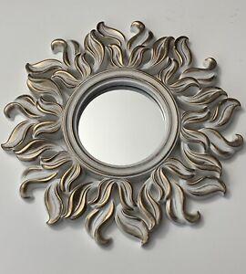 🚨🚨 🚨 Beautiful White and Gold Sunburst Mirror 🚨🚨🚨