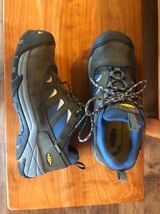 Keen Men Waterproof Steel Toe 10.5 work shoes Orig $175