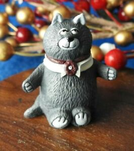 Hallmark Merry Miniature 1987 Calvin Purrrsonality Cat
