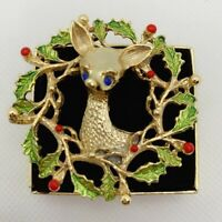 Vintage Gerry's Deer Wreath Christmas Gold Tone Pin Brooch