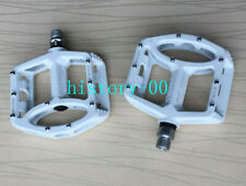 Magnesium MTB XC Road Mountain AM Bike Cycling Pedals flat Bicycle Pedal White
